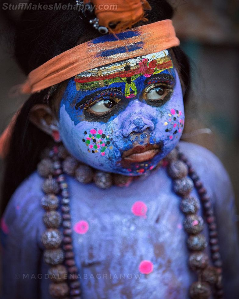 The Magical Street Portraits of Indian People 2019 by Magdalena Bagrianow