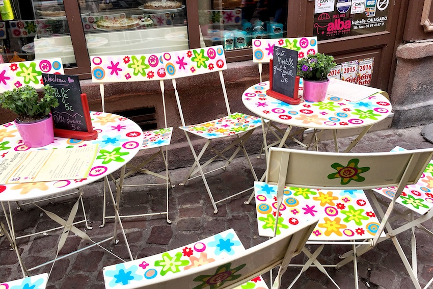 Viele kleine Cafés laden zum Verweilen ein