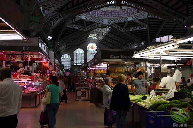 バレンシア - ラ・ロンハ付近の市場