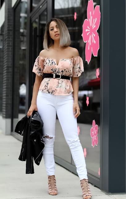 FLORAL OFF THE SHOULDER TOP AND WHITE SKINNY JEAN