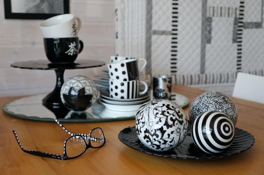 meine quilts und ich ein wenig schwarz weisse deko. Black Bedroom Furniture Sets. Home Design Ideas