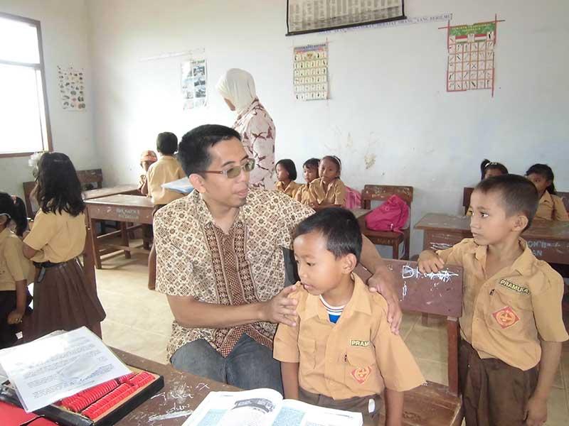 kesehatan bagi siswa-siswa Sekolah Dasar Negeri Kacok 2 Palengaan Pamekasan