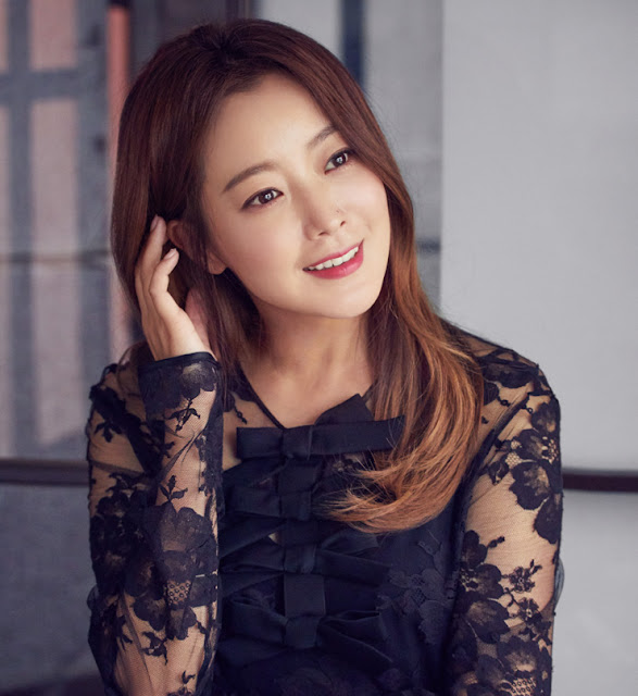 Kim Hee Sun 10 Young and Old Korean Actress, Most Beautiful Today