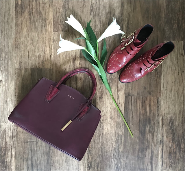 My Midlife Fashion, La Bante Cabriole tote, office lucky charm boots