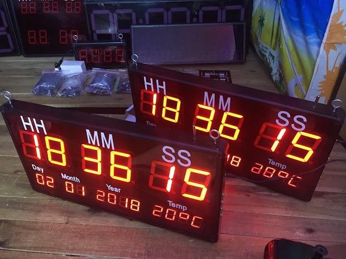 Đồng hồ lịch vạn niên treo tường Led Hà Nội
