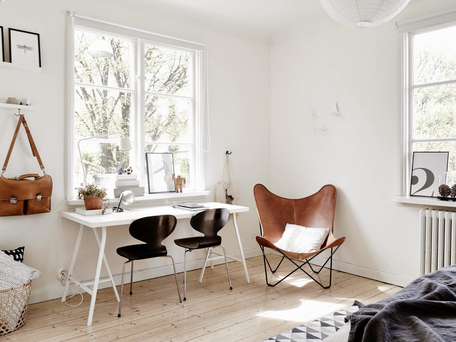 my scandinavian home a very cool swedish space with a bike. Black Bedroom Furniture Sets. Home Design Ideas