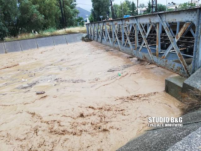 Πρωτοφανές: 138 λίτρα νερού ανά τετραγωνικό μέτρο έπεσαν στο Άργος