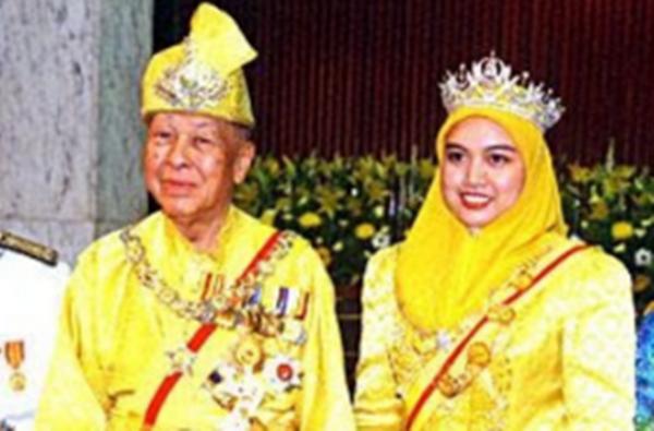 Setelah 15 Tahun Berlalu, Inilah PERUBAHAN Terkini Permaisuri Siti Aishah Yang Ramai Tidak Tahu!