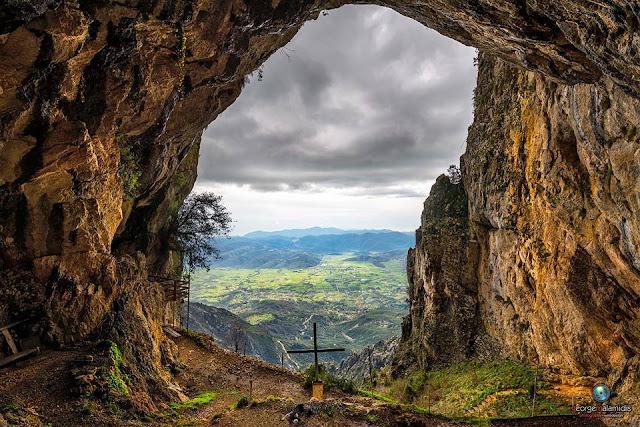 Εξόρμηση του Ορειβατικού Συλλόγου Ηγουμενίτσας στη Σπηλιά του Αγ. Αρσενίου