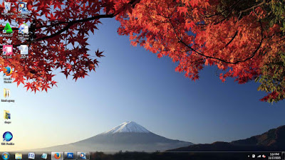 Autumn Color in Japan theme