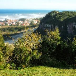 Praia de Morro dos Conventos Vista do Alto do Morro dos Conventos, Araranguá