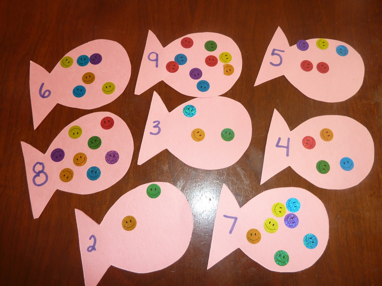 The Rainbow Fish Storytelling Kit From Lakeshore Is Packed With All The Cloth Characters And