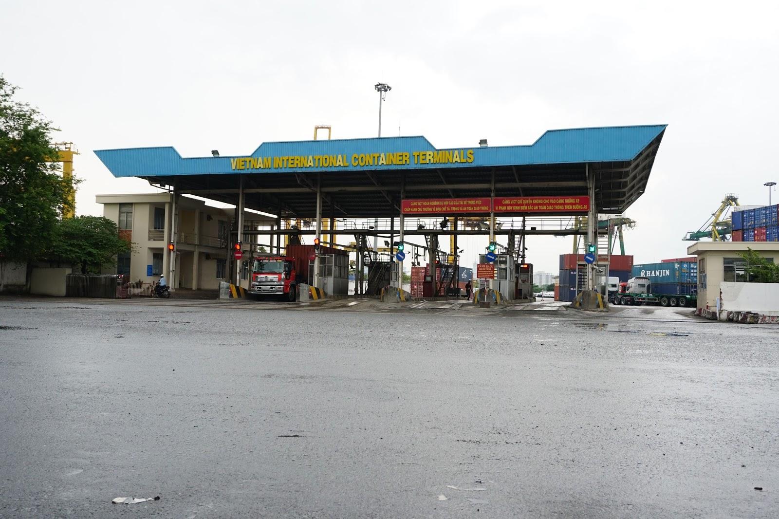 Cảng VICT nơi chứa đựng và cất giấu rất nhiều siêu xe tại Việt Nam