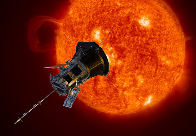 Tàu thăm dò Mặt Trời Parker của NASA sẽ được phóng lên vào mùa hè này để nghiên cứu về gió Mặt Trời và những câu hỏi chưa được trả lời về Mặt Trời. Nó sẽ đi vào vùng nhật hoa của Mặt Trời và trở thành con tàu đầu tiên đến gần Mặt Trời như vậy. Đồ họa: NASA.