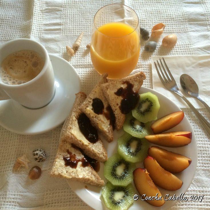 zumo-café-fruta