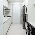Cozinhas corredor – saiba como utilizar mesas nelas!