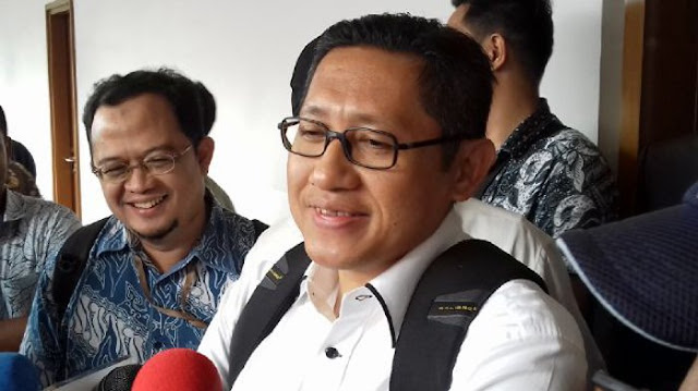 Mantan Ketua Umum Pd Anas Mengajak Jaksa Komisi Pemberantasan Korupsi Dengan Sumpah Kutukan Pada Dikala Sidang Pk Terakhir