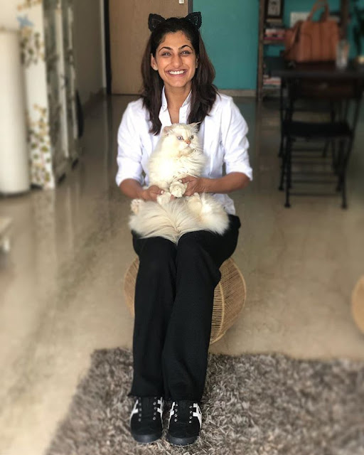 Kubra Sait with her cat