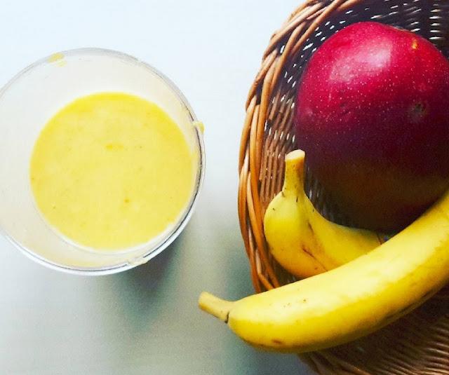 http://zielonekoktajle.blogspot.com/2016/01/banan-mango-mleko-migdaowe-bonnik.html