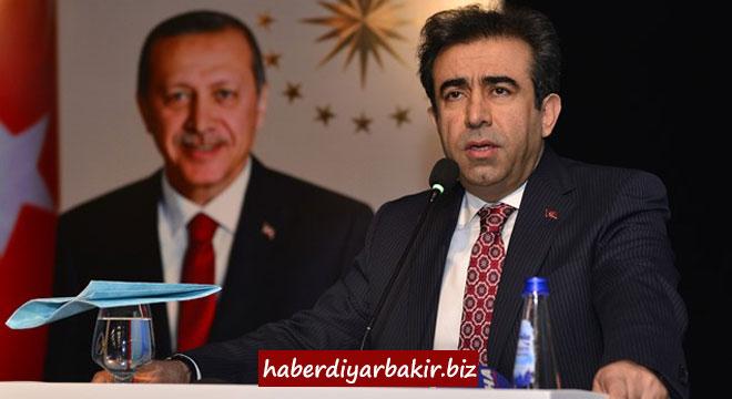 Diyarbakır Valisi Hasan Basri Güzeloğlu'nun yardımcıları