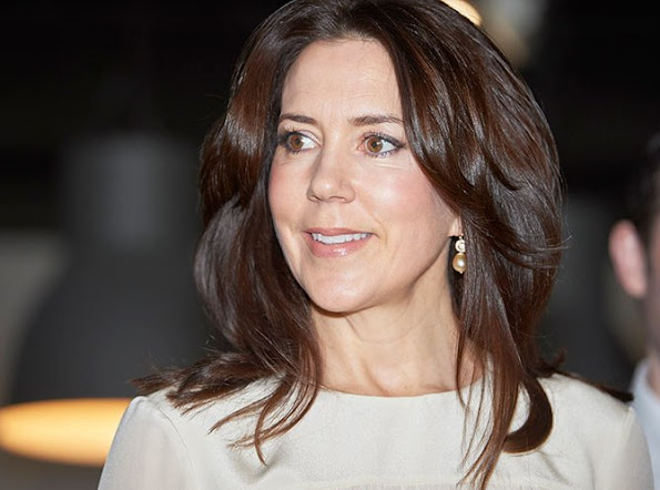 "Crown Princess Mary of Denmark attends the official opening of ""2016 Danish Research Festival"" held at the Zoological Museum. Princess Mary jewelers earrings, diamond ring"