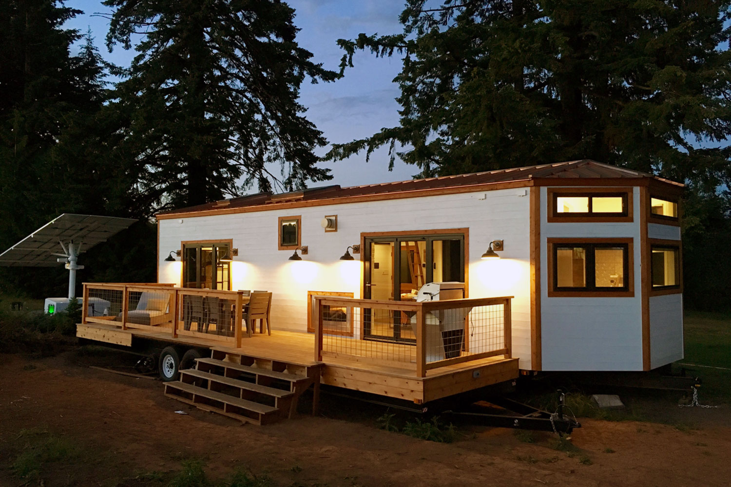 Tiny house town the hawaii house by tiny heirloom for Building a little house