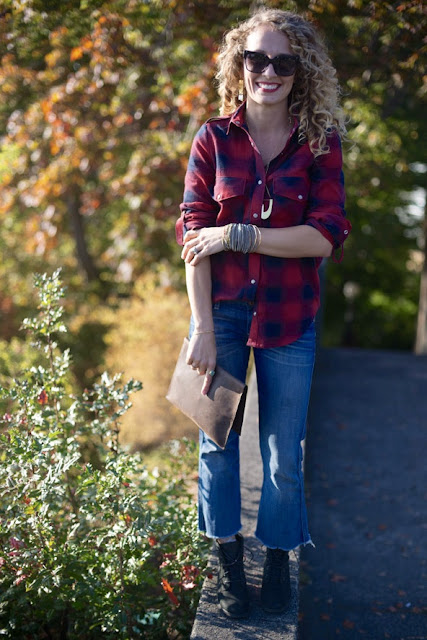 how to style cropped jeans for fall