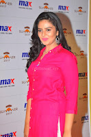 Sree Mukhi in Pink Kurti looks beautiful at Meet and Greet Session at Max Store (49).JPG