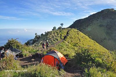 Camping Gunung Merbabu