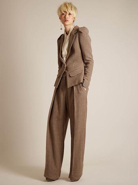 Suit Thornton Bregazzi, blouse Alexander McQueen