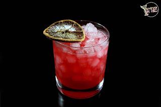 besos de mezcal cocktails