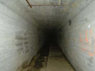 """Photo du tunnel sous le sanatorium surnommé """"Tunnel de la mort"""""""