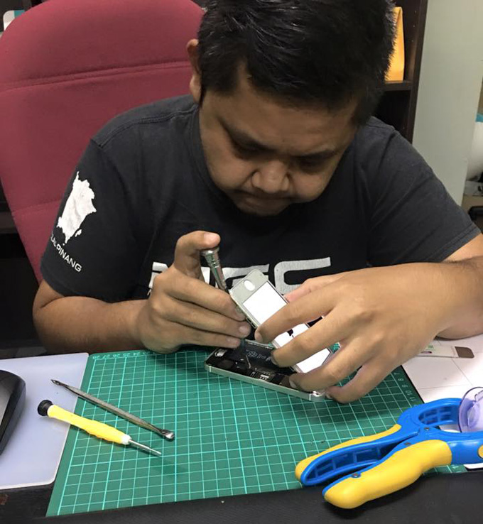 Repair iPhone bermasalah