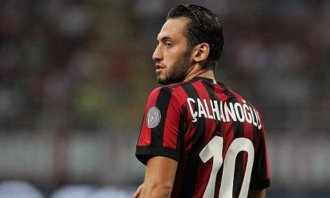 Hakan Calhanoglu đã thi đấu tuyệt vời hơn, mang lại những kết quả tốt cho bảng thành tích cá nhân.