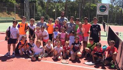 Escuela de Tenis en BADAJOZ