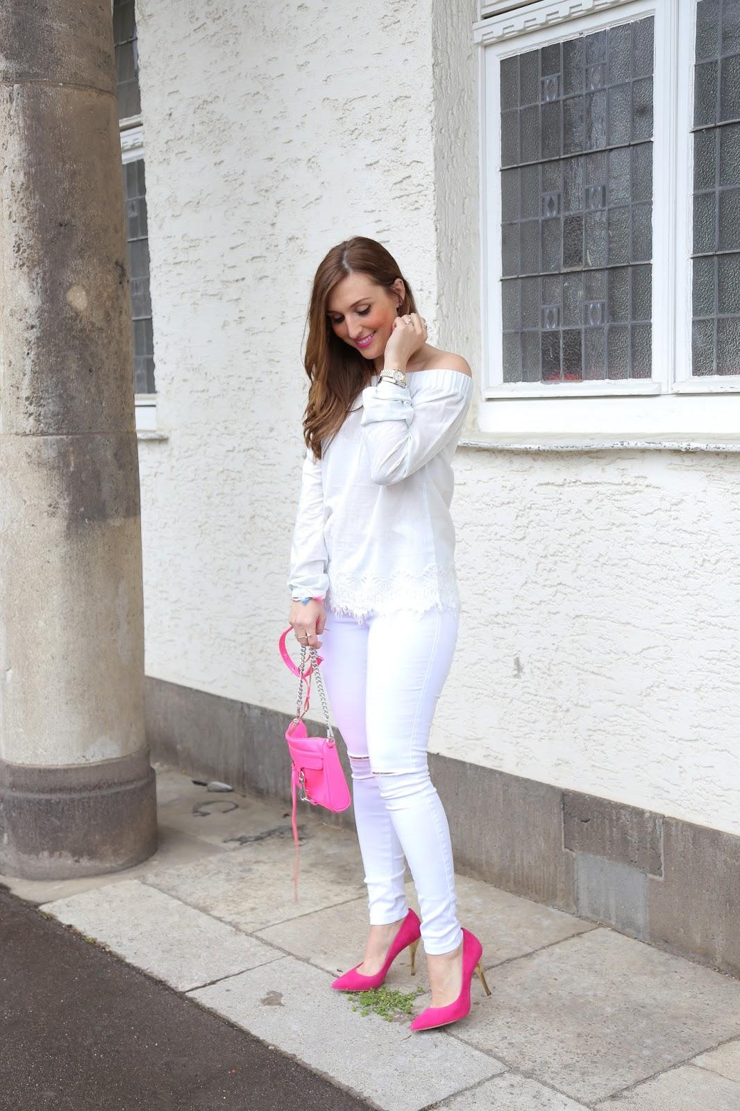 Off Shoulder - Off Shoulder Bluse - Pinke Tasche Blogger - Bloggeroutfit - Frühlingslook - Pinke Minkoff Tasche - Fashionstylebyjohanna