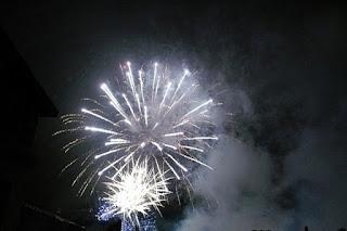 Новый год салют огонь