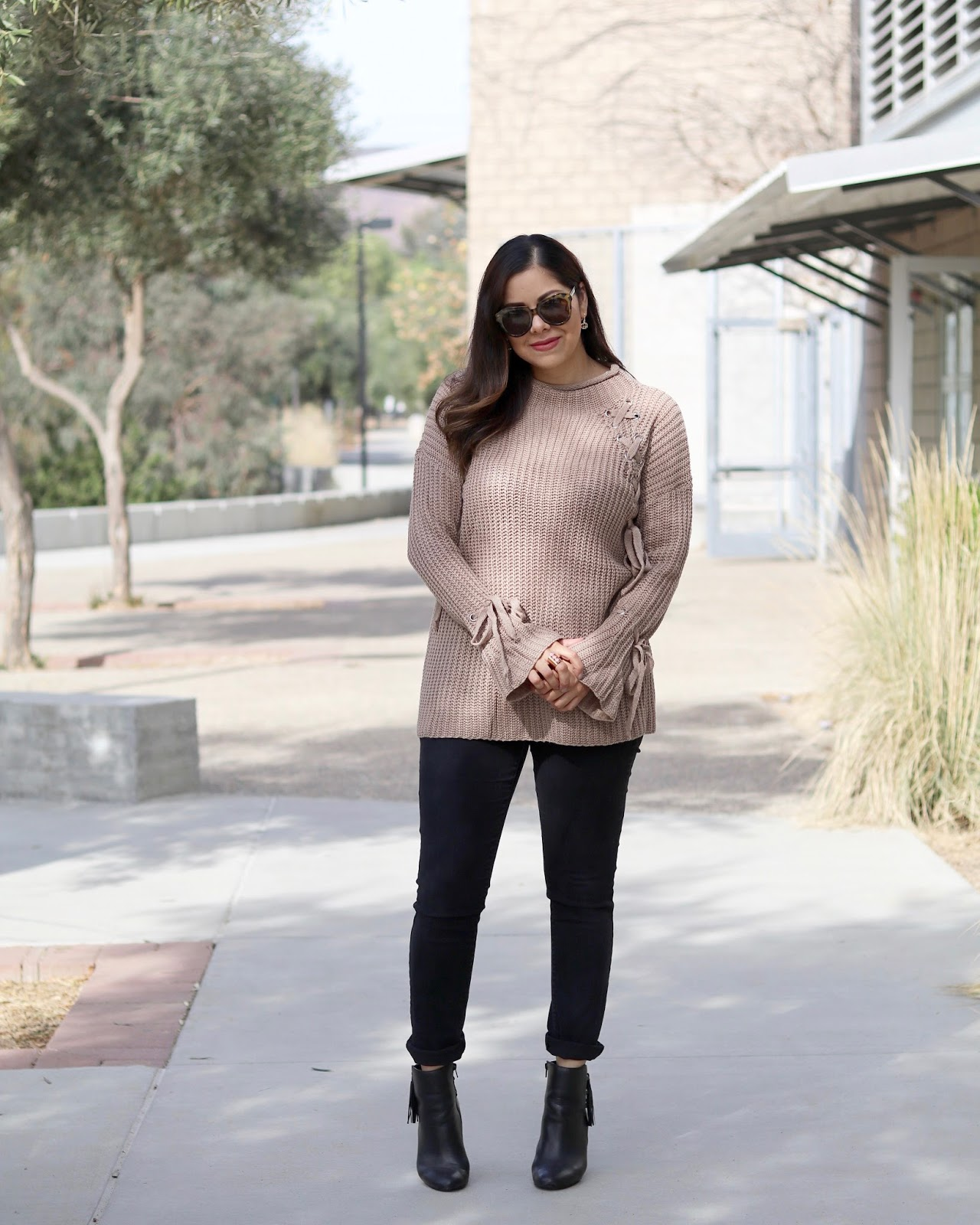 taupe laced sweater, how to style a statement sweater, tobi blogger