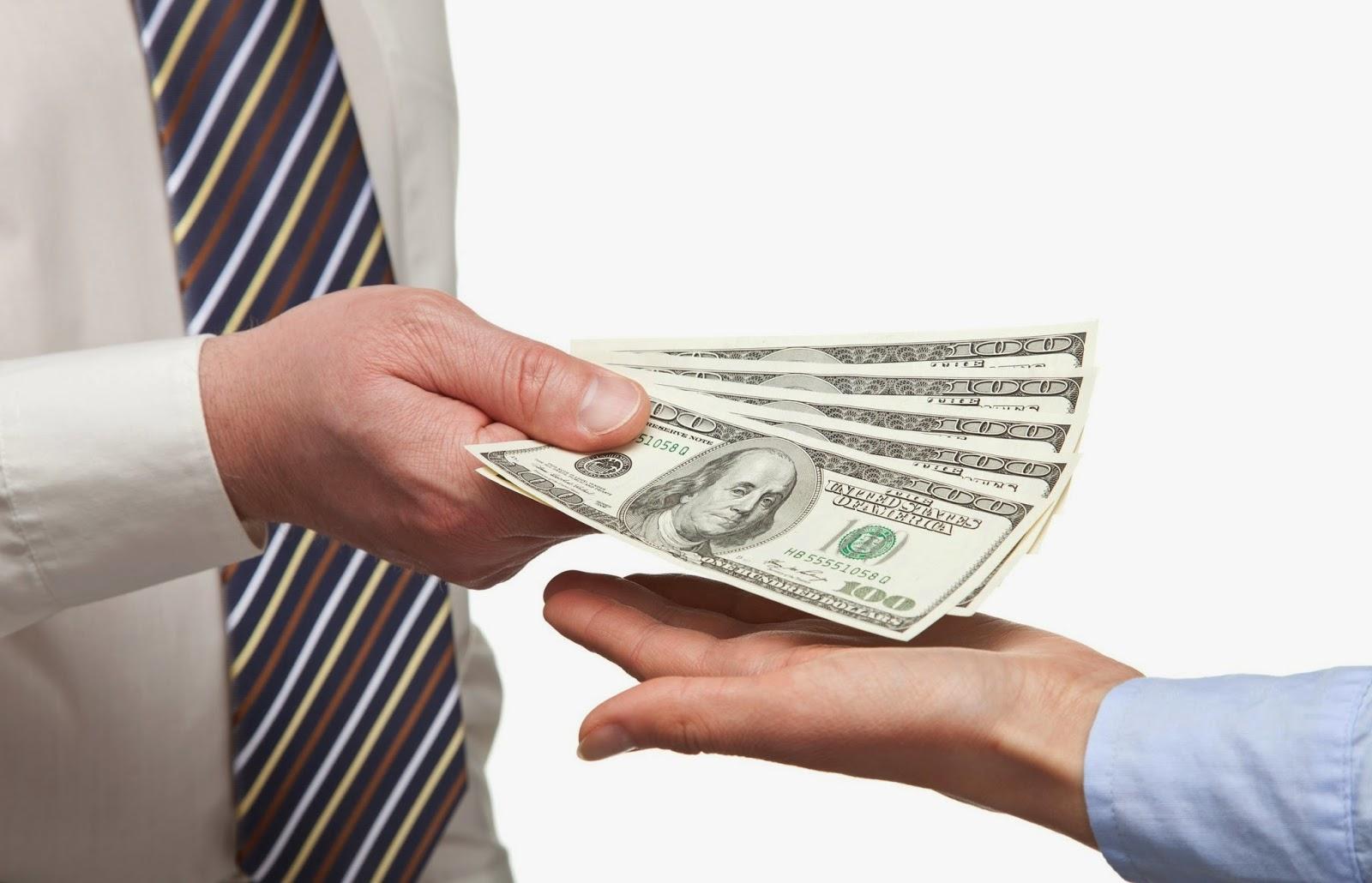 дать взаймы или занять денег