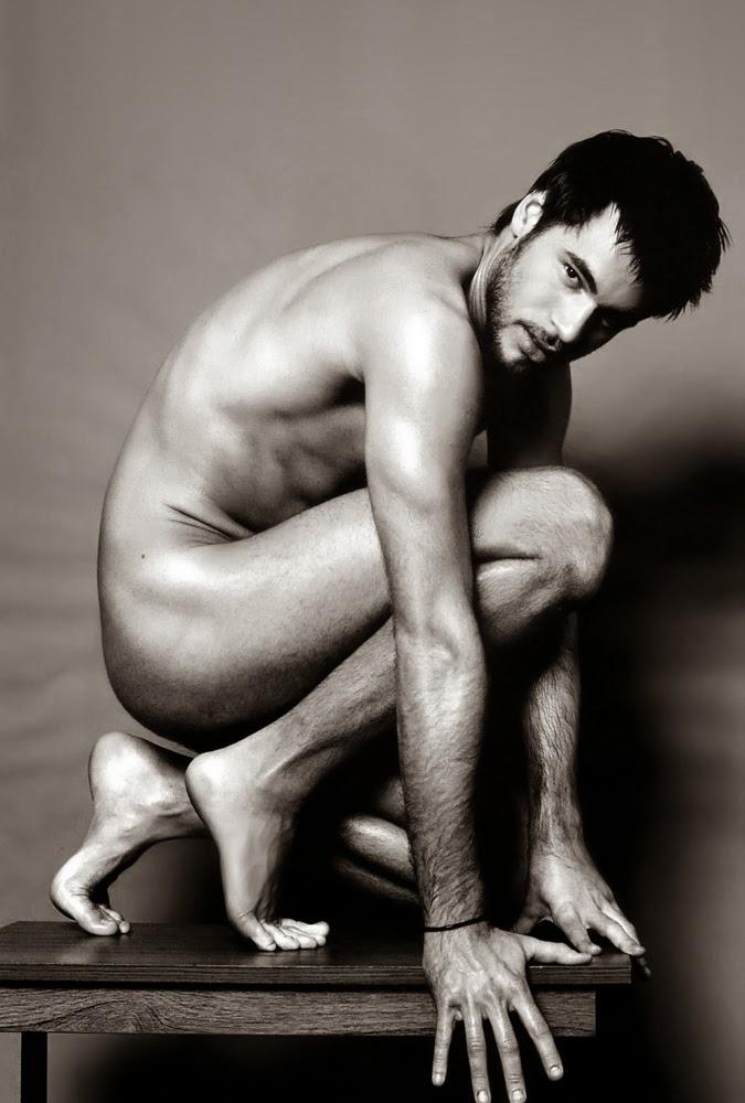 How To Take Sexy Nudes, According To Boudoir Photographers