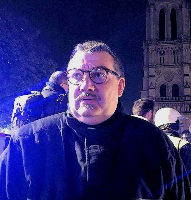 O Pe. Jean-Marc Fournier resgatou a Santa Coroa de espinhos de Jesus Cristo © Etienne Loraillère-KTOTV