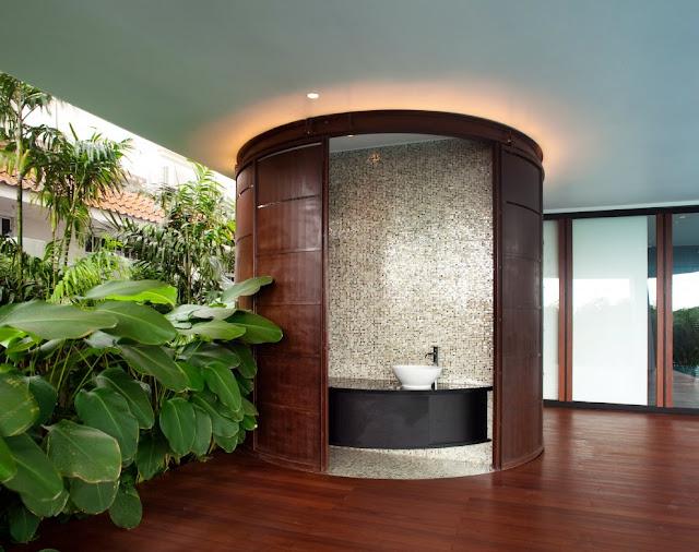 Beautiful home in Singapore, bathroom