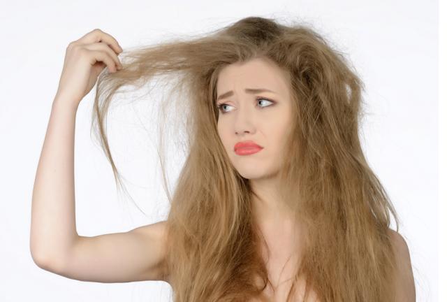 1 jeito de acabar com o frizz em 3 tipos de cabelo