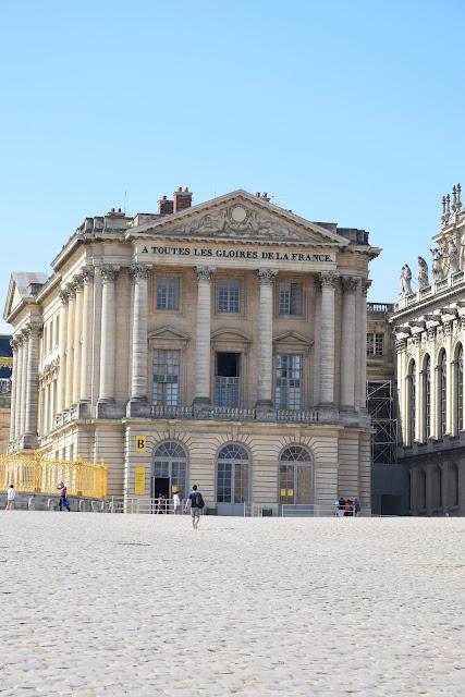 Paryż w pigułce #4 - Wersal - nagłówek - Francuski przy kawie