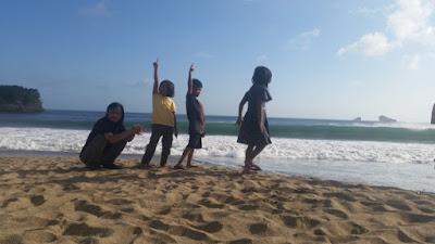 10 Hal yang Harus Anda Lakukan di Pantai Ungapan