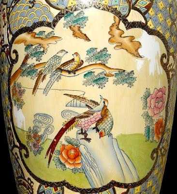 Grande vaso a decoro policromo - Cina