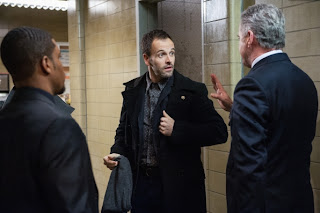 Jonny Lee Miller as Sherlock Holmes in CBS Elementary Episode 17 Possibility Two