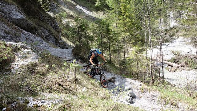 Biketour auf die Buchensteinwand