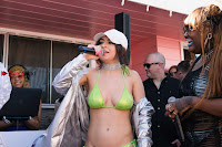 Charli-XCX-at-Coachella-2017-10.jpg