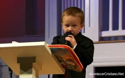 Niño predicador Kanon Tipton
